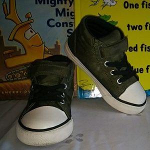 Children's Place Toddler Camo Velcro Strap Sneaker